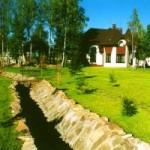 Обзор 5-ти лучших способов укрепления стенок дренажных канав