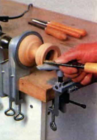 Как сделать токарный из дрели