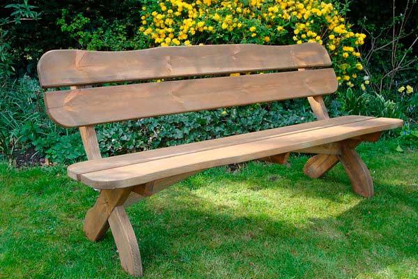 Садовые лавочки и скамейки из дерева