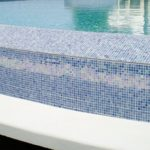 Керамическая плитка и клеевые смеси для бассейна