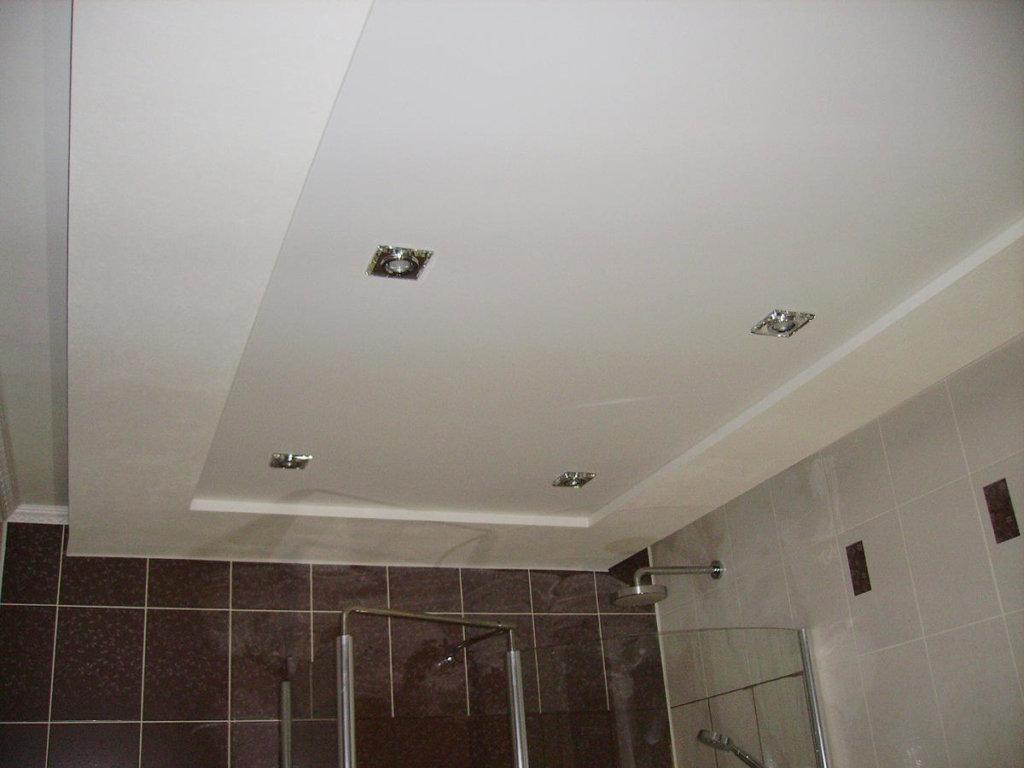 потолок из гипса